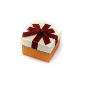 Malá krabička s mašličkou 007K