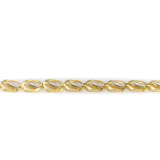 Zlatý řetízek zdobený bílým zlatem