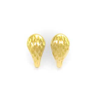 Zlaté dámské náušnice ozdobnou rytinou